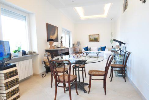 A-CasaAngela-salotto1