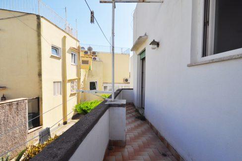 V-CasaTiberio-Balcone