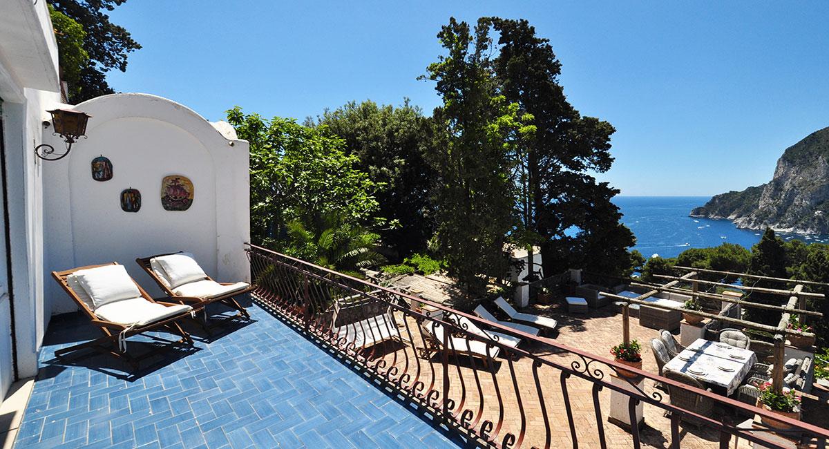 A-VillaTerrazzaTragara-Balcone