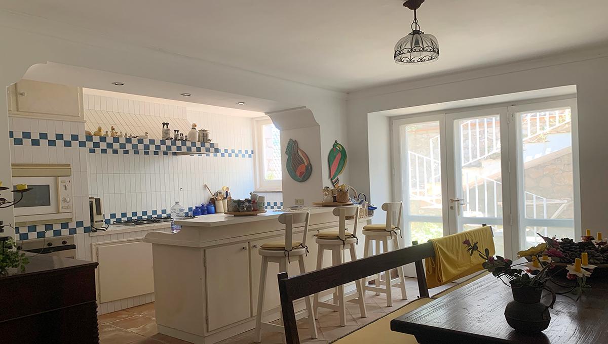 V-VillaSavardina-Cucina